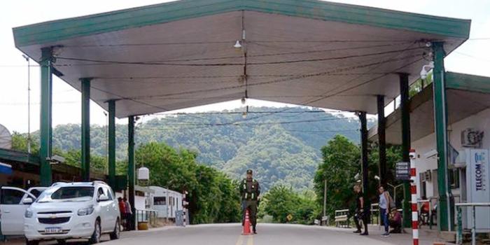 Alerta en la frontera  por la fuga de una boliviana...